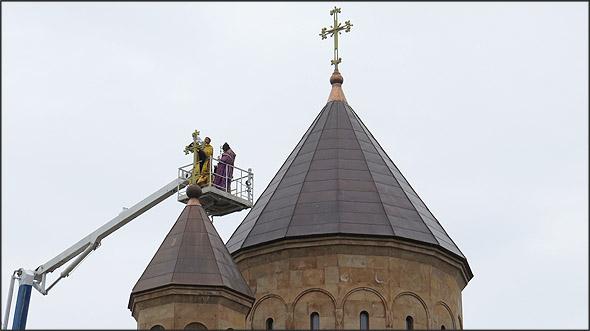 Освящение крестов на высоте