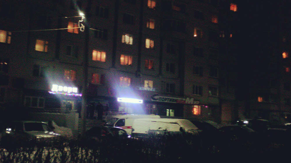 ВоВладимире убили  продавца магазина дверей