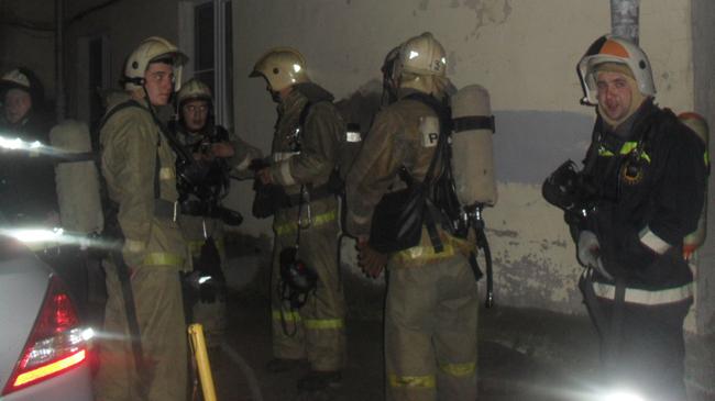 Из горящего дома спасли 22 человека