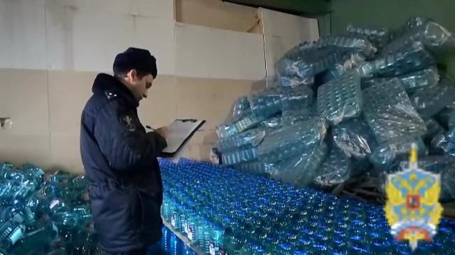 ВПодмосковье выявили незаконное производство метиловой «незамерзайки»
