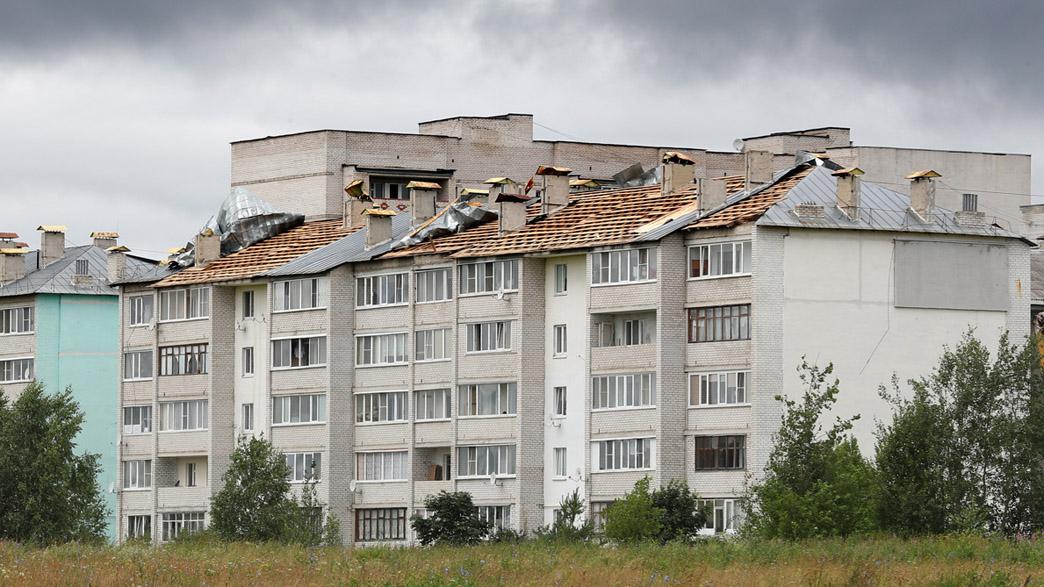 В Кольчугино ураганом сорвало кровли с двух домов
