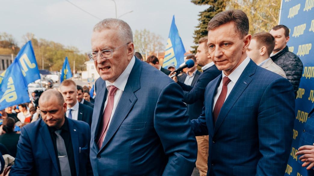 Уйдет ли губернатор Сипягин в отставку из солидарности с задержанным главой Хабаровского края Сергеем Фургалом?