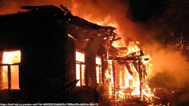 Под Вязниками напожаре сгорели двое маленьких детей