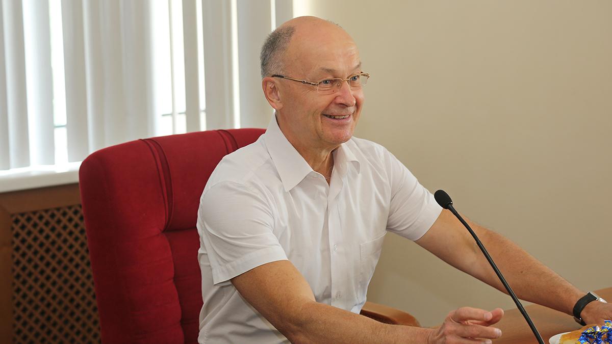 Спикер ЗакСобрания Владимир Киселёв не исключил, что некоторые победители праймериз «Единой России» могут не попасть в число кандидатов в депутаты