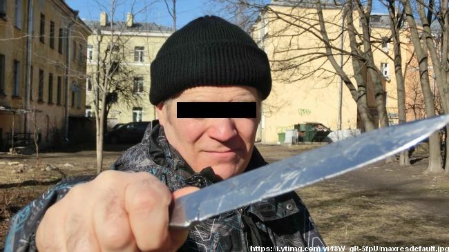 ВСудогодском районе насотрудника милиции напал больной сножом