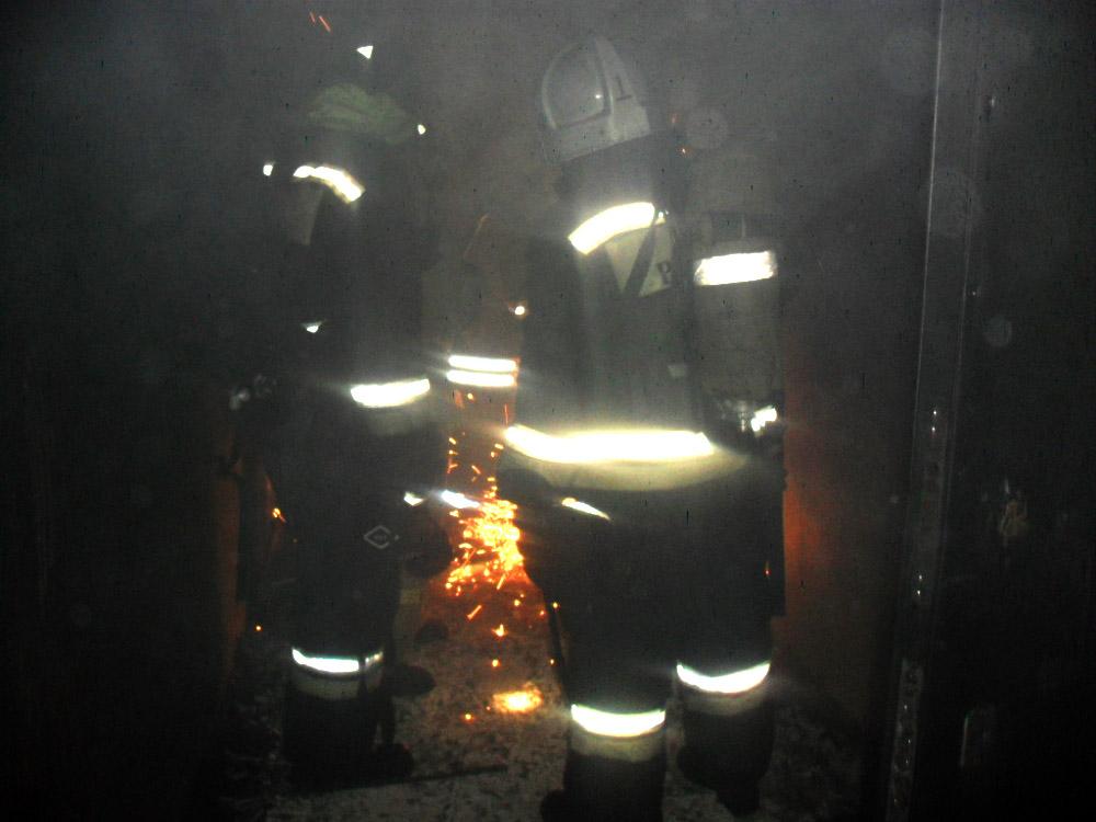 Двое мужчин погибли вночном пожаре воВладимире